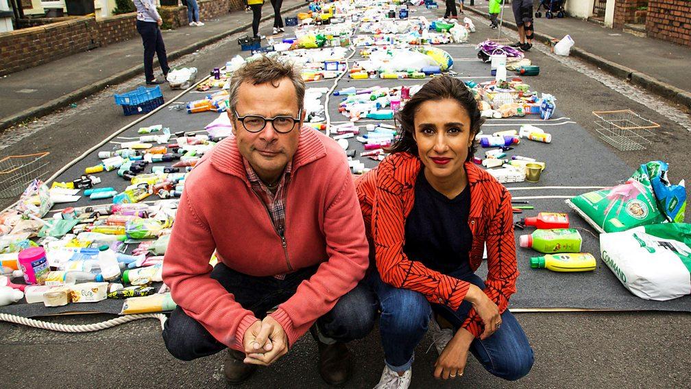 """Portada de """"Guerra ao plástico con Hugh e Anita"""". Fonte: BBC"""